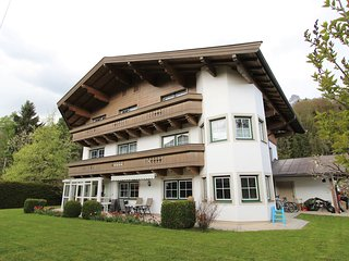 Spacious Apartment near Ski Area in Leogang