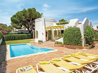 Tranquil Villa in Vilamoura with Private Swimming Pool