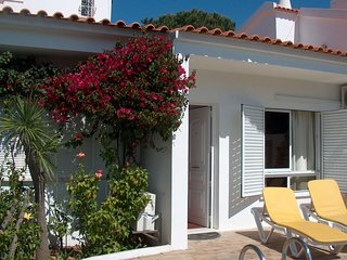 Villa Horacio with private swimming pool is located near the center of Vilamoura