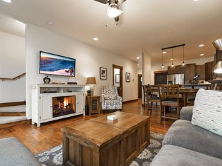 Immaculate condo in the heart of downtown Whitefish