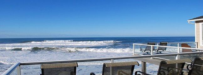Almirante's Beach Retreat-View