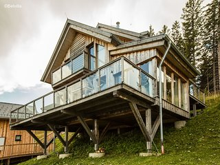 Luxury detached chalet near Klippitztörl with ski storage