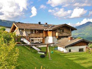Comfortable Apartment in Kaprun Salzburg, with ski-lift nearby