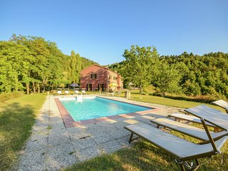 Villa with outbuilding  and swimming pool and panoramic view of the Apennines