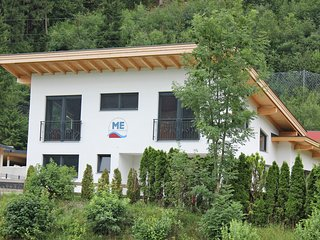 Novel Holiday Home in Zell am Ziller near Ski Lift
