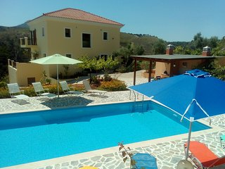Beautiful villa, swimming pool, sea view near village not far from Rethymno, NW