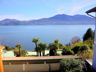Comfortable Apartment with Lake View in Oggebbio