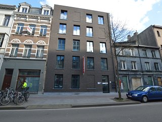 Cozy Apartment in Antwerpen near Eilandje