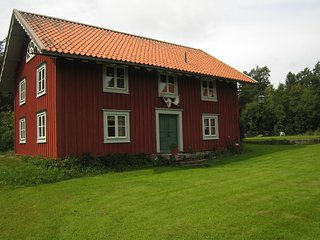 Swedish villa with fireplace, two saunas' s and beautiful location at a lake