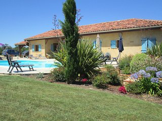 Villa with private pool in Tuscany French