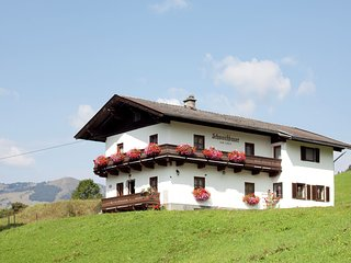 Bright Holiday Home in Saalbach Salzburg with Mountain View