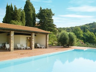 Cosy apartment on spacious agriturismo, near beach and culture