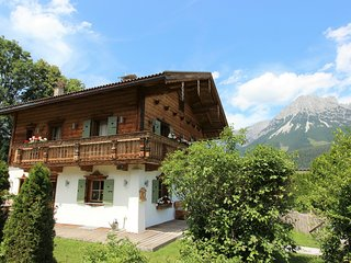 Quaint Chalet in Ellmau with Barbecue