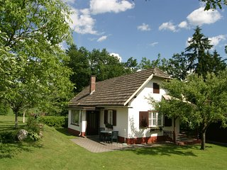 Heritage Holiday Home in Kleindiex near Forest