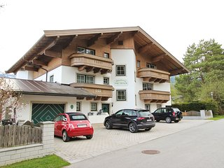 Sunny Apartment in Leogang near Ski Lift