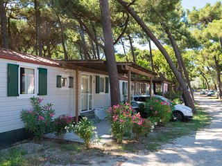Nicely furnished and detached chalet on the Adriatic coast