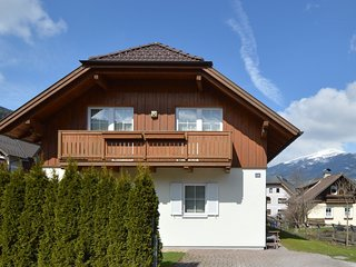 Cozy Chalet in Sankt Margarethen im Lungau near Ski Area