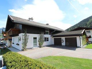 Cozy Apartment in Hollersbach im Pinzgau near Ski Area
