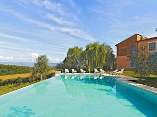 Quaint Holiday Home in Lazzeretto with Swimming Pool
