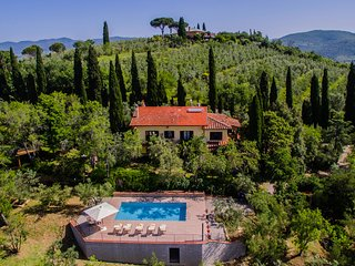 Villa in the hills with private pool and panoramic view near a medieval castle