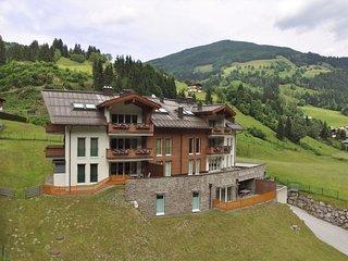 Luxurious Apartment in Saalbach-Hinterglemm near Ski Area