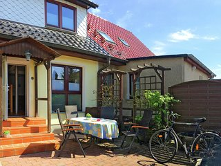 Spacious Apartment in Stralsund with Garden