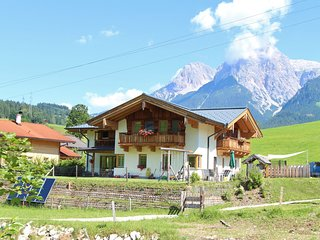 Beautiful Apartment  in Maria Alm near Skiing Area