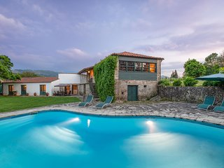 Chic Mansion in Ponte de Lima With Swimming Pool