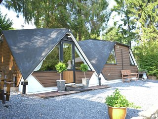 Unusual chalet in the woods, very comfortable, nice covered terrace, quiet