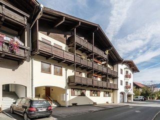 Lovely Apartment in Kitzbuhel near Ski Lift
