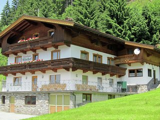Spacious Holiday Home in Gerlosberg near Forest