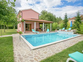 Modern Villa in Žminj Croatia with Swimming Pool