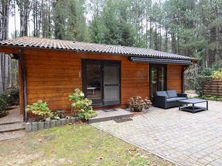 Cozy Chalet in Nijlen with Large Garden