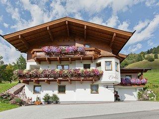 Sunlit Apartment near Town Center in Saalbach-Hinterglemm
