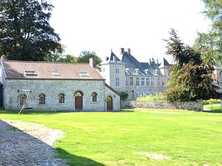 Romantic house on the grounds of one of the the prettiest castles in Wallonia