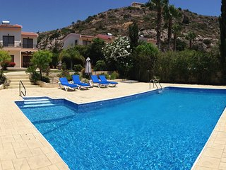 Dionysus Villa . Just 200 metres from the bay. Big private pool .Private garden