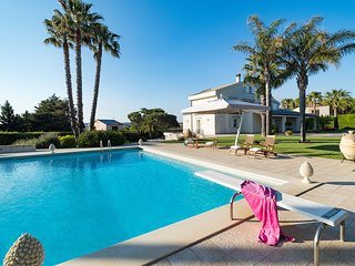 luxury villa with private pool in Modica! For a relaxing holiday in Sicily