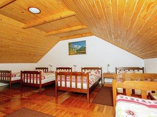 Comfortable Cottage near Lake in Lovinac