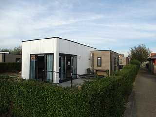 Detached, single-storey bungalow at 10 km. from Ostend