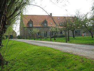 Quaint Farmhouse in Middelkerke Near Beach