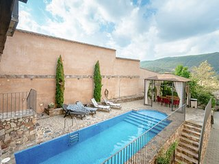 Luxurious Cottage in Castile-La Mancha with Jacuzzi