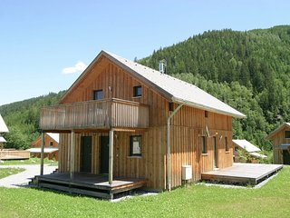 Wooden Chalet in Styria by the Lake