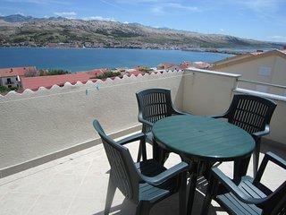 Alluring Apartment in Pag Dalmatia, Crotia