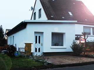 Quaint Seaside Bungalow in Insel Poel on Island