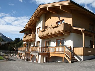 Charming Apartment in Saalbach-Hinterglemm with ski-lift nearby