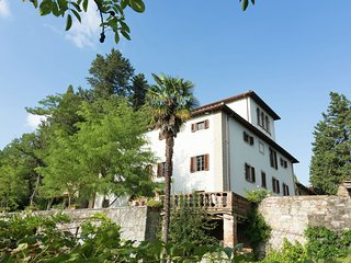 Charming Villa in Florence with Swimming Pool