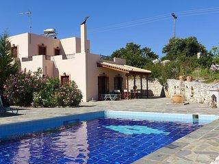 Villa Olga, in beautiful countryside, large piece of land, pool, Axos, NW coast