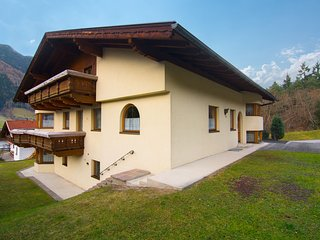Contemporary Apartment in Kampl near Ski Area