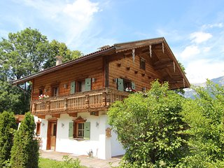 Charming Chalet in Ellmau near Skiwelt Ski Area