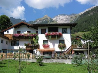 Cozy Apartment in Pettneu am Arlberg with Balcony
